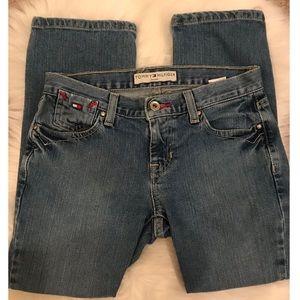 • Tommy Hilfiger Cropped Jeans •